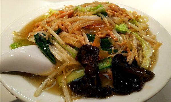 「肉そば(肉糸麺)」@梅華の写真