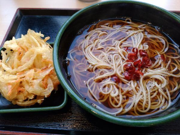 「かけそば320円+かき揚げ無料」@ゆで太郎 竹橋店の写真