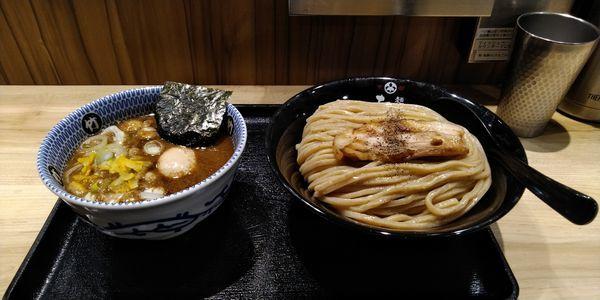 「味玉つけ麺」@麺屋 たけ井 阪急梅田店の写真