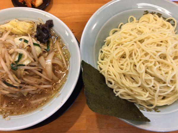 「野菜たっぷりつけ麺・酢なし味薄目890円」@ラーメンショップ椿 二本松店の写真
