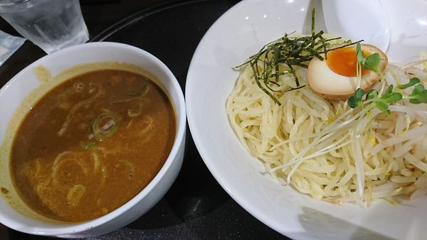 「カレーつけ麺(900円)」@手打ちらーめん 満月の写真