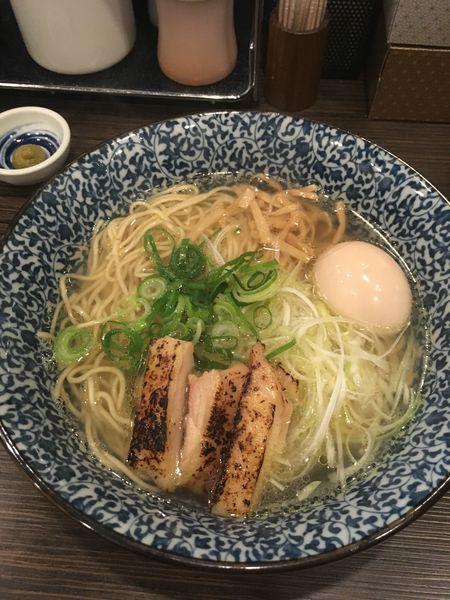 「あっさり鶏そば(+味玉)」@鶏そば 一瑳の写真