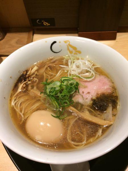 「味玉そば(醤油)950円」@SOBAHOUSE 金色不如帰 新宿御苑本店の写真
