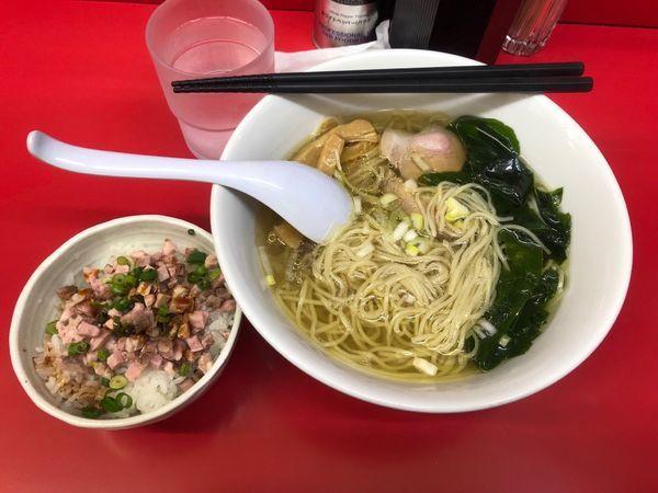 「塩ラーメン+チャーシューご飯」@らーめん えんやの写真