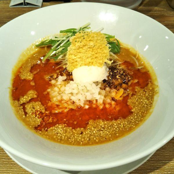 「白胡麻麻辣担々麺」@ばんから担々麺 新宿歌舞伎町店の写真