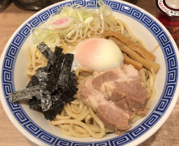 「半熟卵の油そば」@舎鈴 エキュート赤羽店の写真