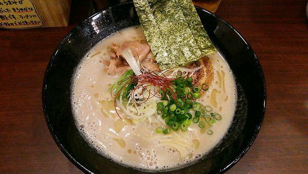 「濃厚鶏そば」@麺屋 七利屋の写真