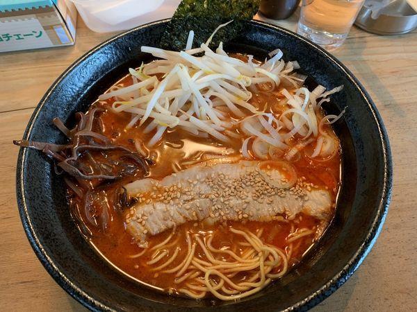 「辛味噌豚骨+無料替玉1玉」@博多豚骨ラーメン 麺屋 望の写真