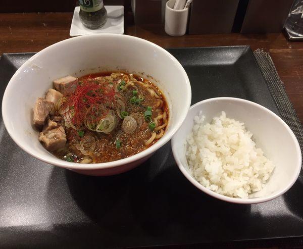 「プチライス付き麻婆まぜそば」@らぁ麺 やまぐち 辣式の写真