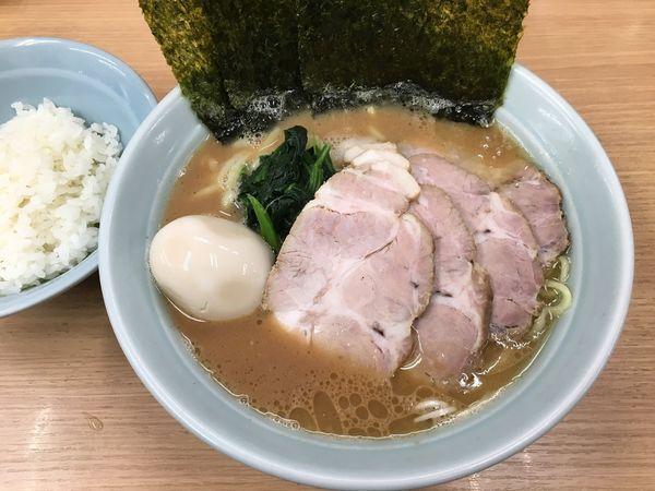 「ラーメン」@横浜ラーメン 武蔵家 日吉店の写真