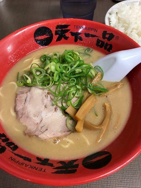 「こってりラーメン➕半ライス「サービス定食」➕麺固め」@天下一品 錦糸町店の写真