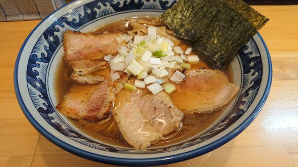 「限定 焼き豚らーめん」@麺屋 信醸の写真