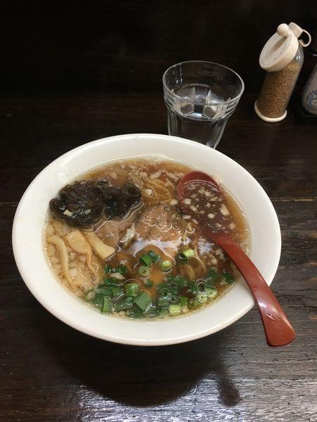 「芳醇鰹醤油ラーメン」@札幌豚骨ラーメン 常の写真