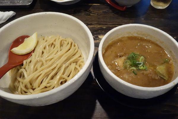 「牛モツつけ麺」@製麺処 蔵木の写真