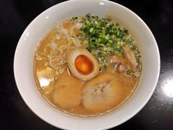 「鶏白湯味噌ラーメン」@ラーメン酒場 あいきの写真