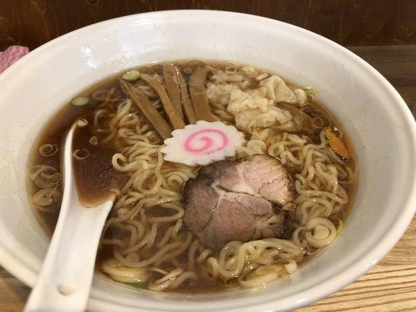 「ワンタン入り中華麺(中盛り)」@三鷹大勝軒の写真