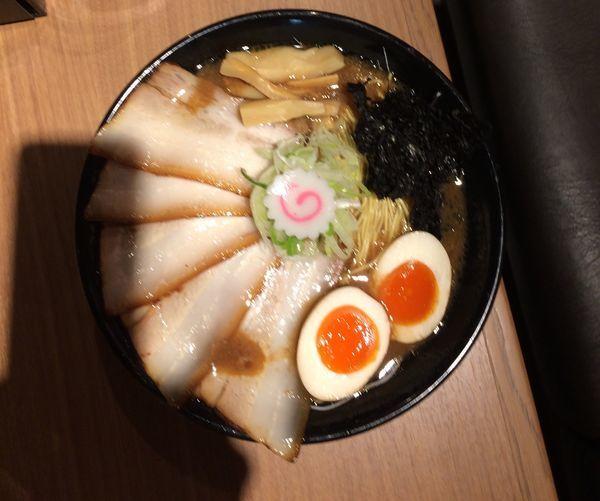 「肉盛り豚骨ラーメン」@金澤濃厚豚骨ラーメン 神仙の写真