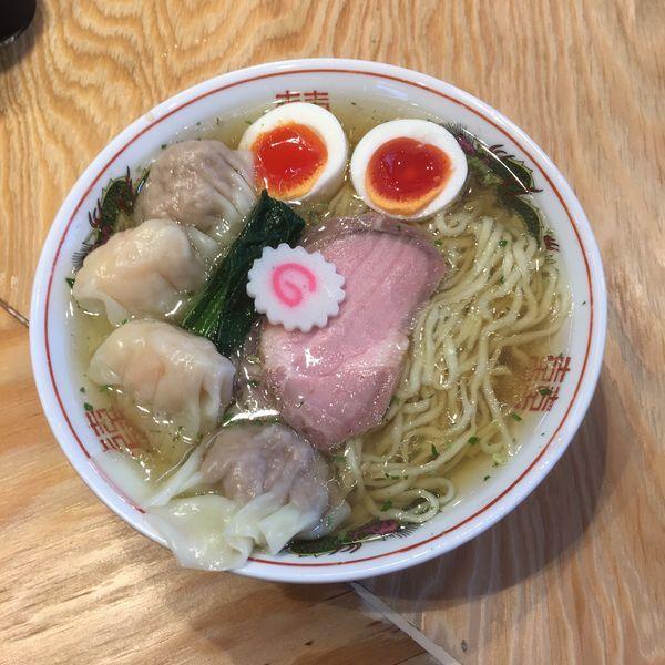 「味玉ワンタン麺中盛り 山椒 1040円」@キング製麺の写真