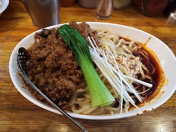 「4/29  成都式担々麺汁無し辛さ3、痺れ3_1,000円」@Dandan spicy noodlesの写真