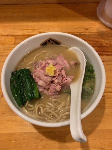 「濃厚真鯛ラーメン」@真鯛らーめん 麺魚の写真