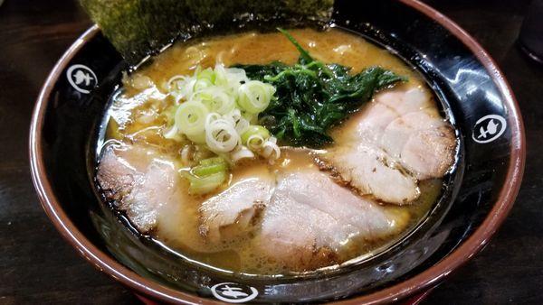 「豚骨醤油」@中華そば マルキ商店の写真