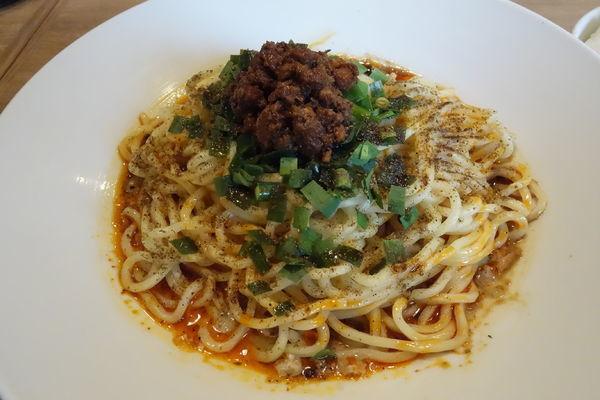 「汁なし坦坦麺」@担担麺 ぺんぺんの写真