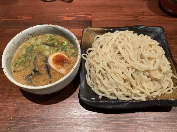 「うま辛つけ麺中盛サ 850円」@手作り餃子とラーメンのお店 GYUTONの写真