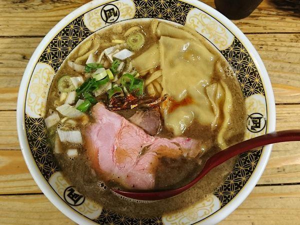 「すごい煮干ラーメン」@すごい煮干ラーメン凪 新宿ゴールデン街店 本館の写真