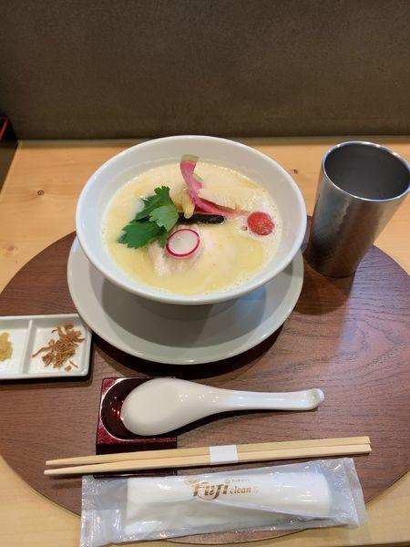 「鶏白湯そば」@銀座 篝 鎌倉店の写真