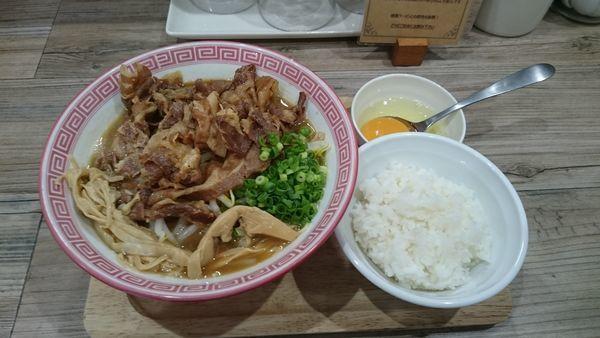 「徳島ラーメン(750円)+肉増し(150円)」@徳島NOODLE ぱどるの写真