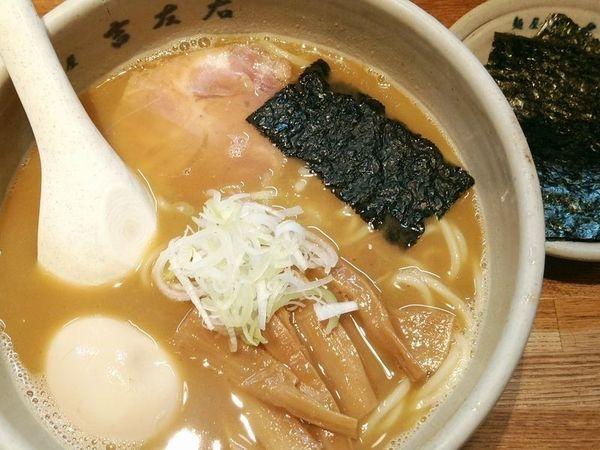 「味玉らーめん+のり」@麺屋吉左右の写真