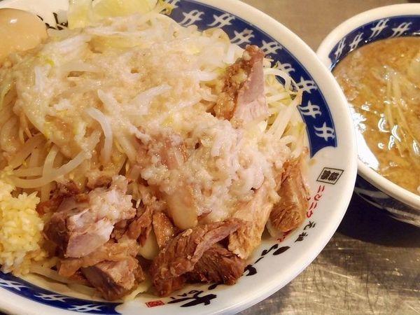 「つけ麺+味玉(野菜多めニンニク脂)」@らーめん大 平井店の写真