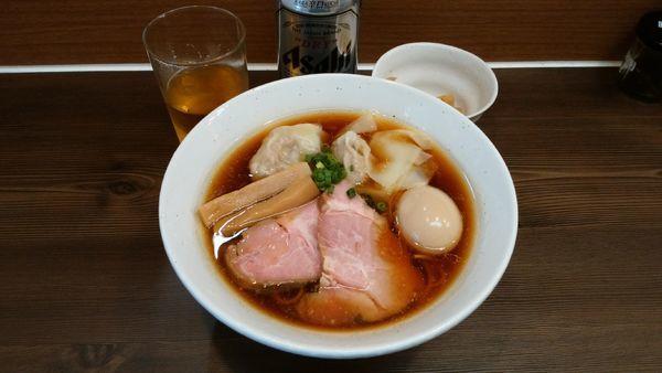 「特製中華そば¥850-+缶ビール¥350-」@中華そば さわの写真