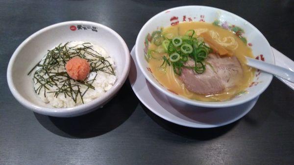 「ラーメン(こっさり)明太子飯」@天下一品 上永谷店の写真
