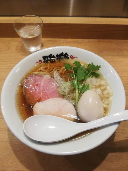 「限定 煮干しそば950円クーポン味玉」@らーめん 雅楽 GARAKUの写真