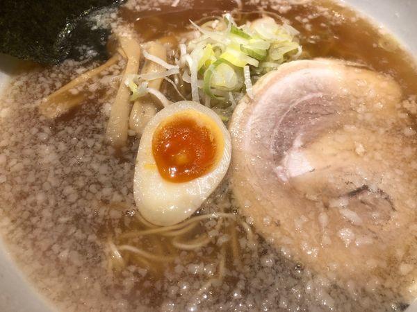 「醤油ラーメン」@らーめん香月 五反田店の写真