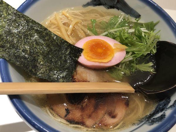 「柚子塩ラーメンまろ味 全粒粉入り極細麺」@AFURI 新宿店の写真