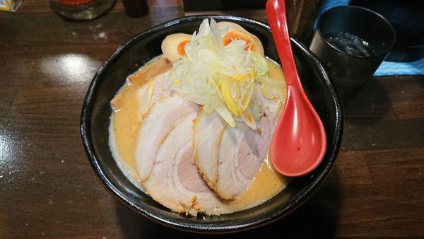 「味卵味噌チャーシュー麺 1100円」@麺処 花田 池袋店の写真