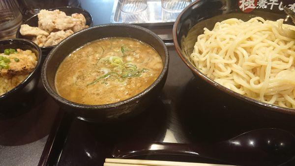 「煮干し豚骨つけ麺」@極煮干し本舗 東松山店の写真