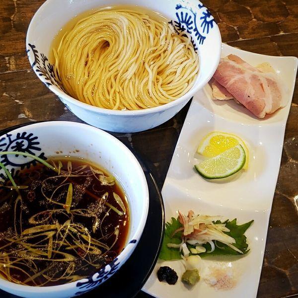 「【限定】昆布水つけ蕎麦(醤油) 900円」@特級鶏蕎麦 龍介の写真