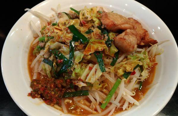 「極辛ラーメン野菜増し+プチ唐」@激辛拉麺 鷹の爪の写真