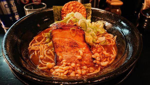 「焦がし醤油拉麺 麺カタメ」@麺家 うえだの写真