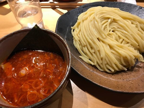 「辛みつけ麺」@つけ麺屋 やすべえ 西池袋店の写真
