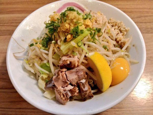「春限定 ガッツリ香味油そば」@琉球島豚 麺屋なりよしの写真