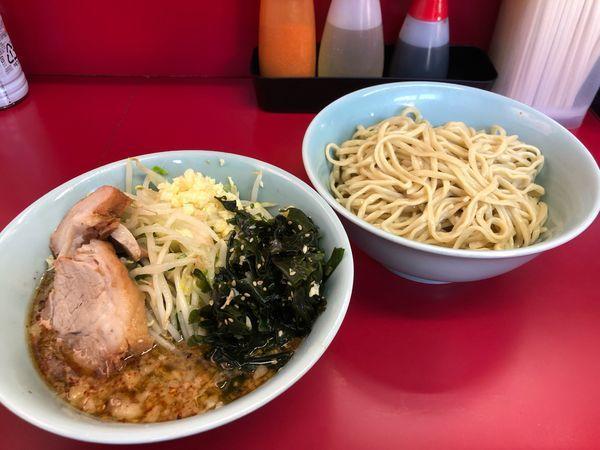 「小つけ麺(ニンニク、ネギ塩ワカメ)」@ラーメン二郎 中山駅前店の写真