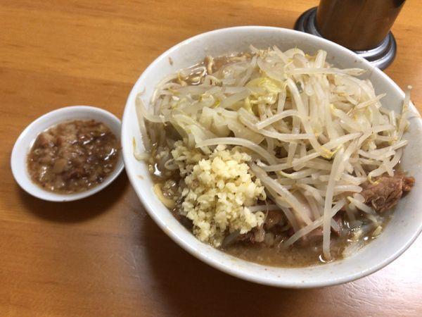 「ラーメン800円ニンニク野菜脂」@ラーメン もみじ屋の写真