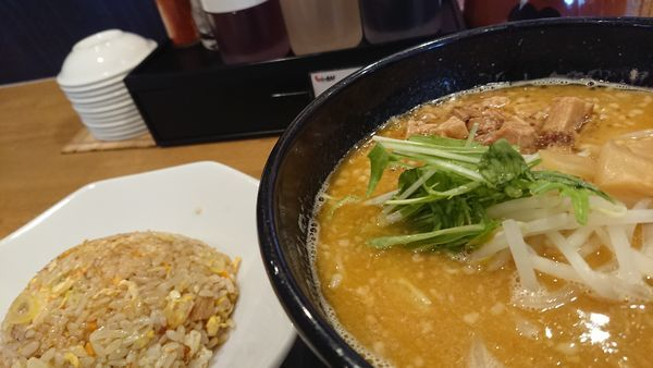 「鶏味噌」@とりの助 坂戸にっさい店の写真
