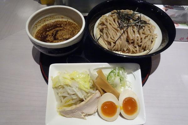 「黒味噌つけ麺」@味噌らーめん専門店 味噌三礎の写真