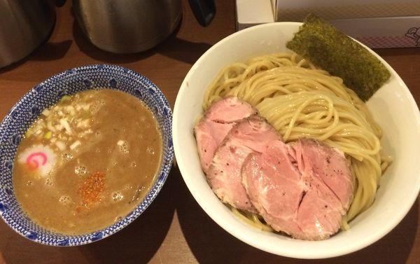 「つけ麺 大盛 チャーシュー」@俺の麺 春道の写真