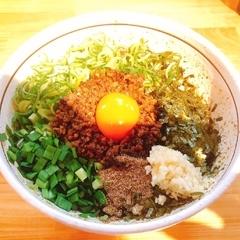 濃厚担々麺はなび 名駅店の写真